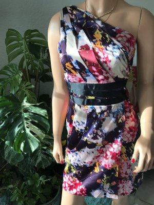 Wunderschönes gerafftes Kleid