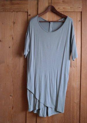 Wunderschönes graues Kleid, welches...