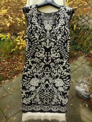 Wunderschönes Jerseykleid von der Edelmarke Marc Cain