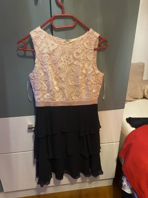 Wunderschönes Kleid:)