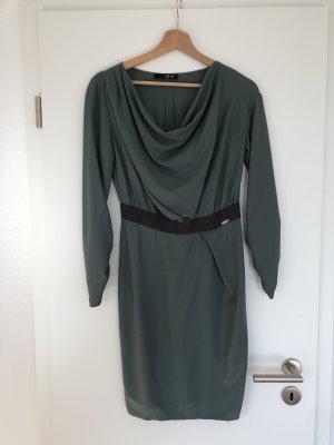 Wunderschönes Kleid in dunklem Grün