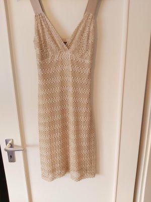 Wunderschönes Kleid in Gold