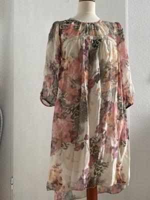 Wunderschönes Kleid mit 3/4 Ärmeln