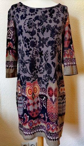 Wunderschönes Kleid mit Eulen