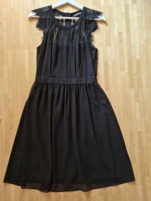 Wunderschönes Kleid mit Spitze von Esprit, Gr, 34, ungetragen