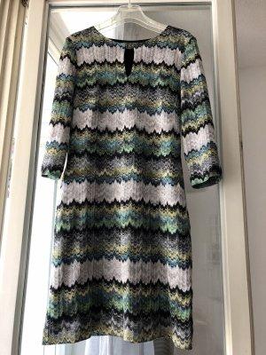 Wunderschönes Kleid von Ana Alcazar