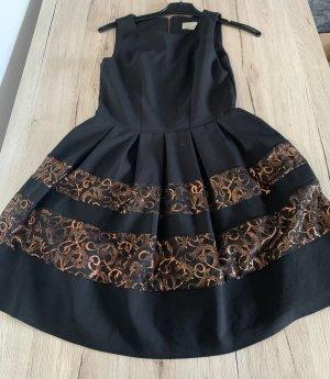 Wunderschönes Kleid von Closet London