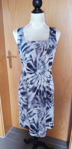 wunderschönes Kleid Von Fox' s Gr. 36