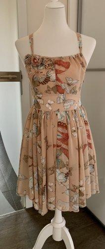 Wunderschönes Kleid von Lipsy