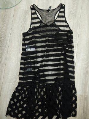 Wunderschönes Kleid von Marc Cain Gr. 3 38 .