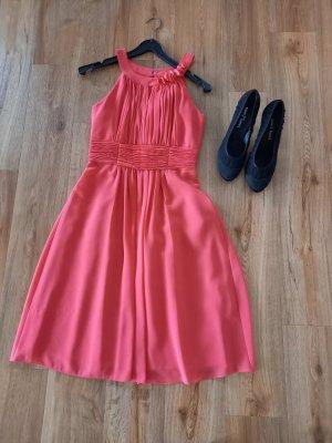 Wunderschönes Kleid von Zero, sehr figurschmeichelnd