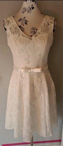 wunderschönes, knielanges Brautkleid