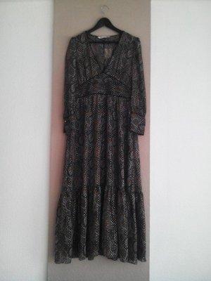 wunderschönes langes Kleid mit Blätterprint, Grösse M, neu