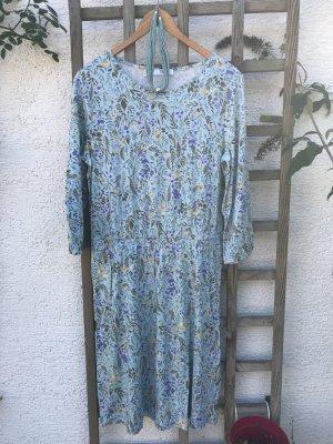 Wunderschönes leichtes Blumen Sommerkleid mit Kette türkis blumig floral wunderschönes Sommerkleidchen die dazu passende Kette ist dabei