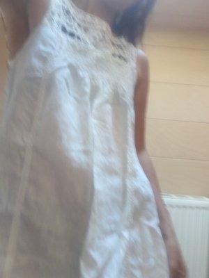 Wunderschönes Leinen Sommerkleid