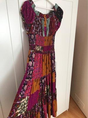 Wunderschönes Maxi-Kleid