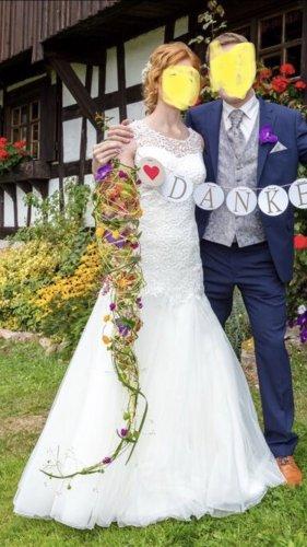 Wunderschönes Meerjungfrauen-Brautkleid mit tollem Spitzen-Rücken