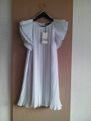wunderschönes Mini-Plissee-Kleid mit Volant, Grösse M, neu