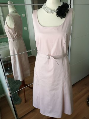 Wunderschönes NEUES Kleid von Jake's!!