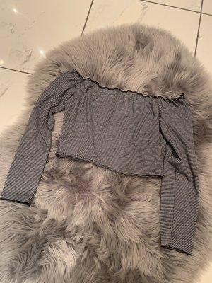 Wunderschönes Off Shoulder Crop Shirt von Zara