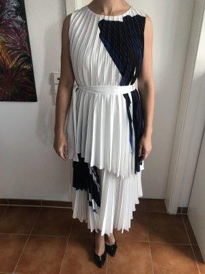 Wunderschönes Plisee Kleid