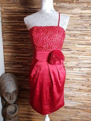 Wunderschönes Satin Stretch Kleid gr.S von Lucy