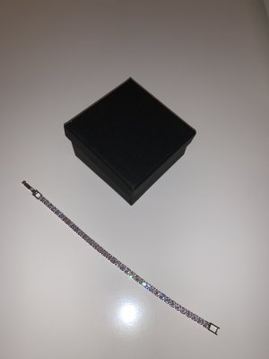 Wunderschönes silbernes Armband in Größe 17 , NEU!