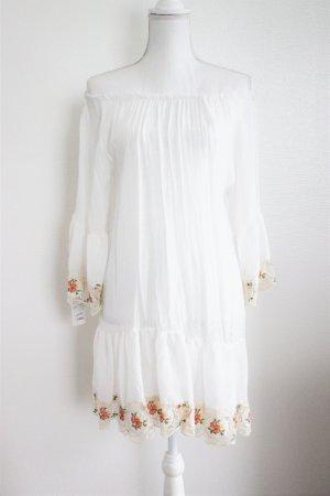 Wunderschönes Sommerkleid, Gr. unisex, weiss, flowerprint Verziehrung/ Strick, Handmade