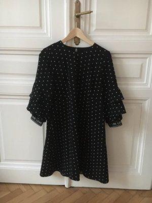 Wunderschönes Sommerkleid schwarz mit weissen Blümchen