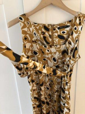 Wunderschönes Sommerkleid von Jennifer Taylor zeitlos chic