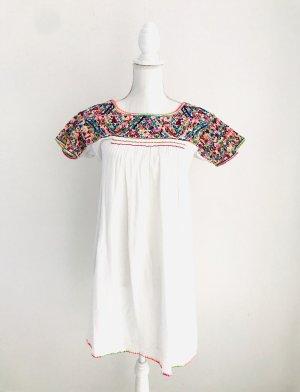Wunderschönes Sommerkleid von Star Mela, Gr. M, passt auch einer Gr. S, weiss