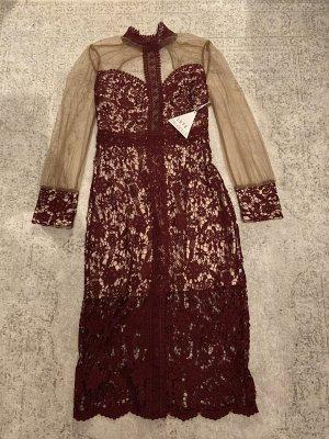 Wunderschönes Spitze Kleid