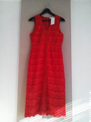 wunderschönes Spitzen-Midikleid in rot, Grösse M, neu