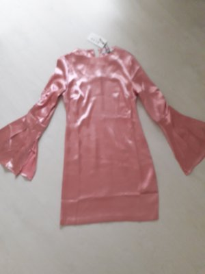 Wunderschones Kleid im Seventies Stil