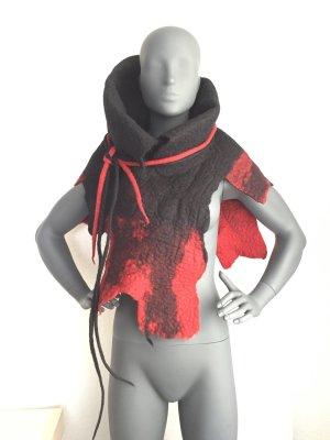 Manteau court noir-rouge laine