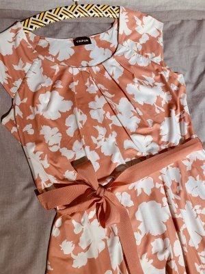 Wundervolles Sommerkleid