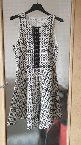 Wyldr Kleid, weiß-schwarz, Größe S