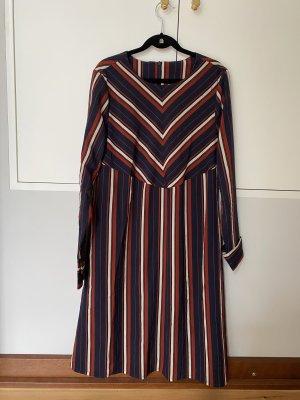 YAS Gestreiftes A-Linien Kleid Langarm