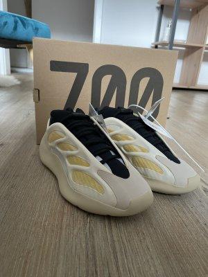 Yeezy Boost 700 V3 Safflower