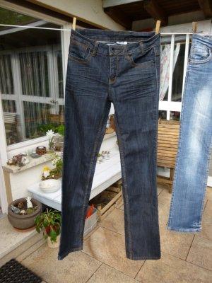 Yessica dunkelblaue Jeans Gr. 36