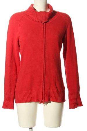 Yessica Chaqueta estilo camisa rojo look casual