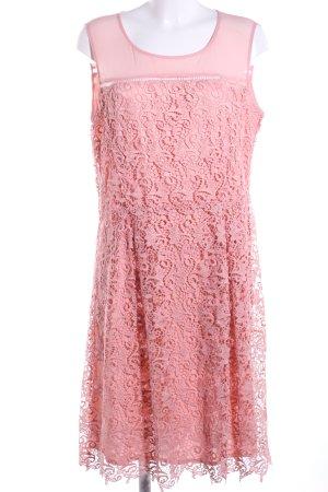 Yessica Vestido de encaje rosa Mezcla de patrones look casual