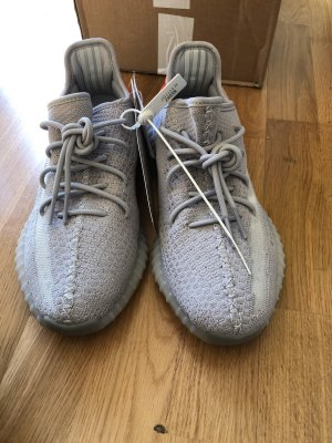 Yezzy Boost 350 V2 Tail Light