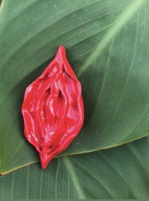 Handmade Spilla rosso