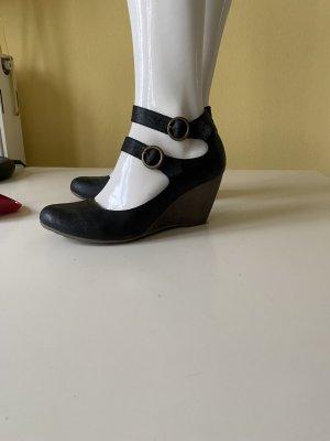 Young Spirit Wedge Sandals black