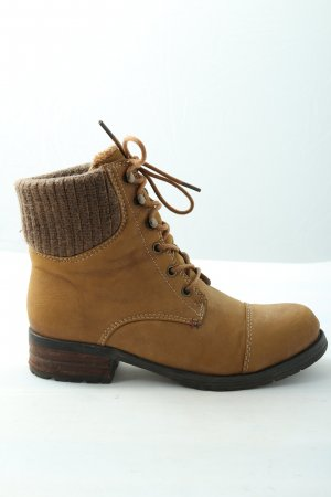 Young Spirit Botines slouch marrón look casual