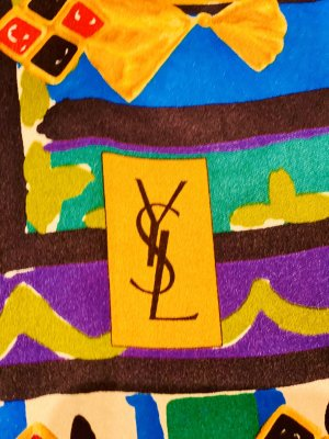 Yves Saint Laurent Bufanda de seda multicolor