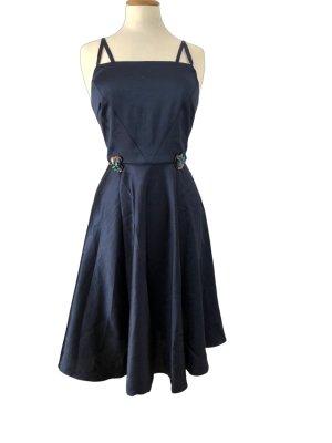 Yumi Sukienka koktajlowa ciemnoniebieski