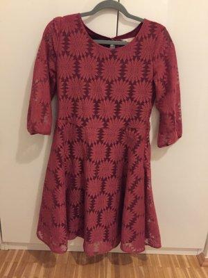 Yumi Sukienka o kroju litery A ciemnoczerwony Poliamid