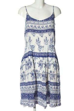 Yumi Sommerkleid blau-wollweiß grafisches Muster Casual-Look